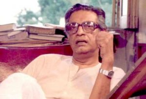 Photo #1 - Not Applicable - Samakaalikam - SATYAJITRAY